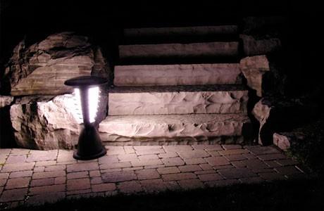 HOURGLASS | תאורה לשבילים